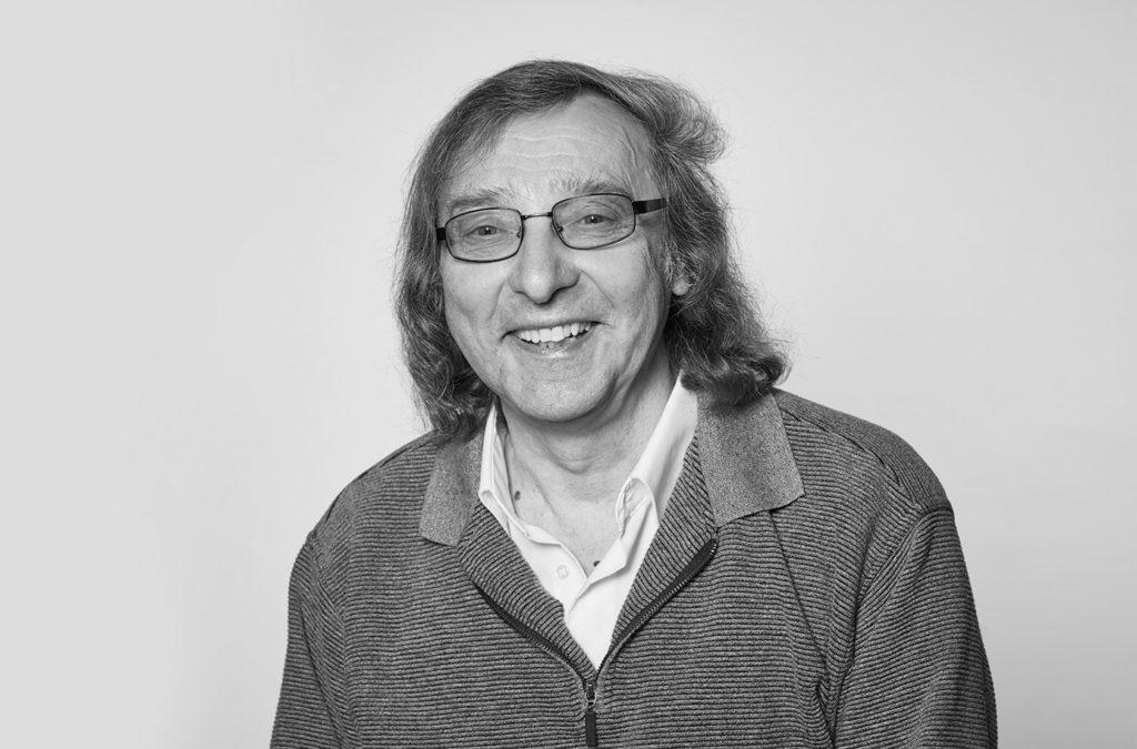 Manfred Stenzniewski, Mediengestalter bei SMS